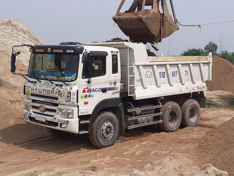 Chở cát xây dựng quận tân phú tphcm